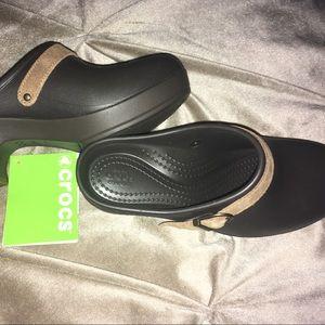 3ed4a74bc6 CROCS Shoes | Platform Style Size 6w New | Poshmark